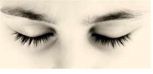 怎样去除眼袋黑眼圈