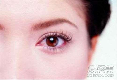 去黑眼圈眼霜有哪些?帮你快速消除眼周色素