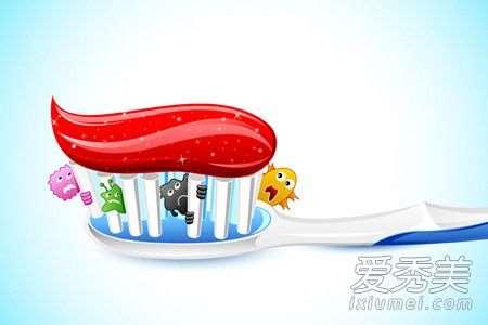 盐和牙膏可以去粉刺吗 牙膏去粉刺妙招最简单