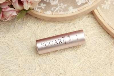 润唇膏可以当眼霜用吗 润唇膏可以代替眼霜吗