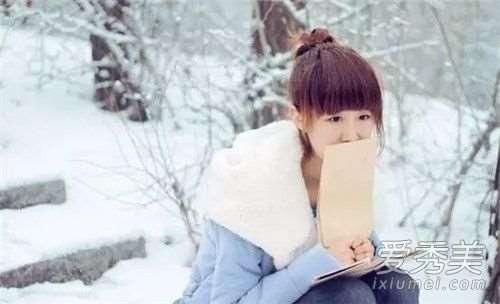 冬天身上皮肤干擦什么 冬天身上干燥痒涂什么_自然堂护肤品含激素吗