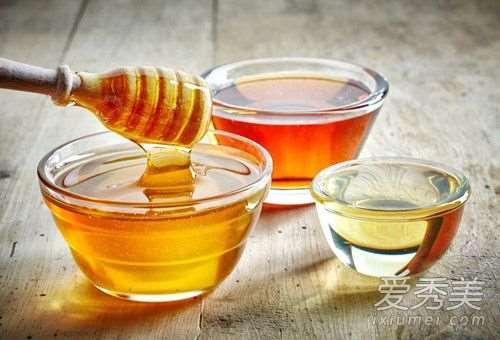 用蜂蜜洗脸能去痘吗 用蜂蜜洗脸对痘痘好吗