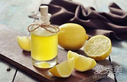 柠檬汁可以祛痘吗 柠檬汁祛痘效果怎么样_防晒霜用在护肤哪一步