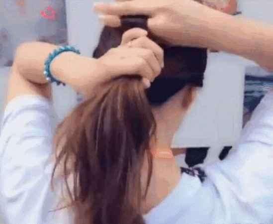 无头绳怎么扎头发