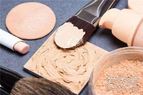 粉底液一次用多少毫升 粉底液一次的用量