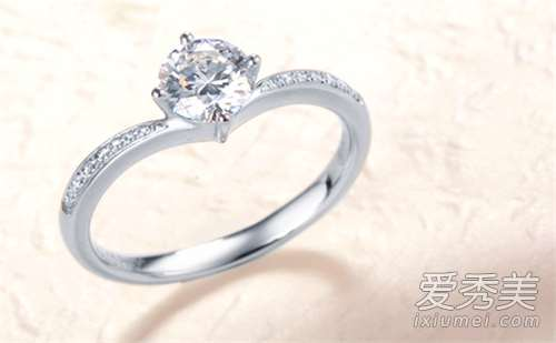 钻石小鸟的钻戒怎么样 钻石小鸟裸钻报价1克拉
