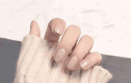秋冬适合指甲颜色搭配 最新搭配还不赶紧GET