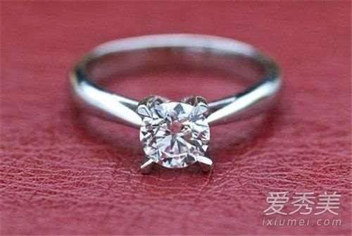 钻石小鸟是什么牌子 钻石小鸟和珂兰哪个好