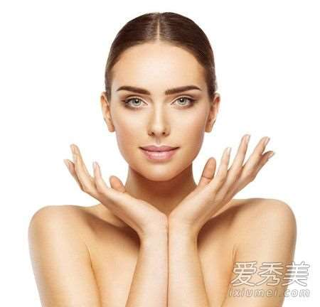 亮肤素是去角质的吗 亮肤素效果怎么样_杨颖代言的护肤品