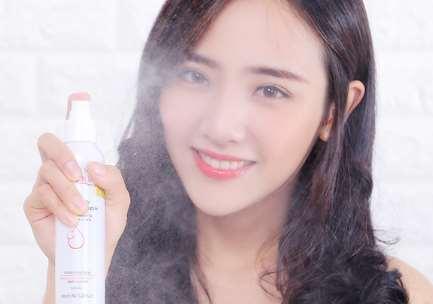 定妆喷雾可以补妆吗 定妆喷雾可以用多久_兰蔻紫瓶护肤系列