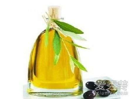 橄榄油可以去斑吗 橄榄油去斑的正确方法_纯天然自制护肤品配方