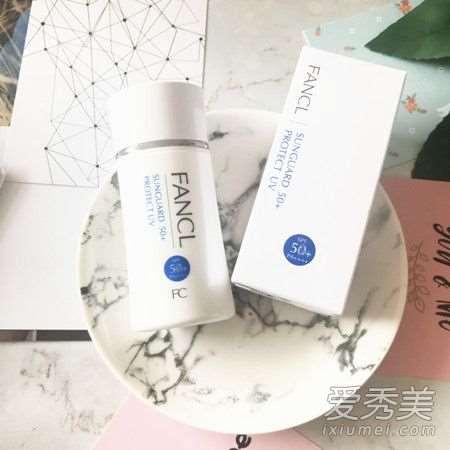 防晒露和防晒霜的区别 防晒露怎么用才正确_哪些护肤品是纯植物的
