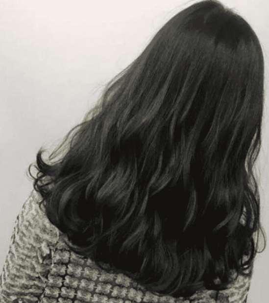 脸黑黄染什么颜色头发 这几种发色很适合