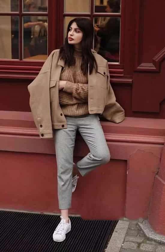 浅色裤子怎么搭配 清新大方又简约