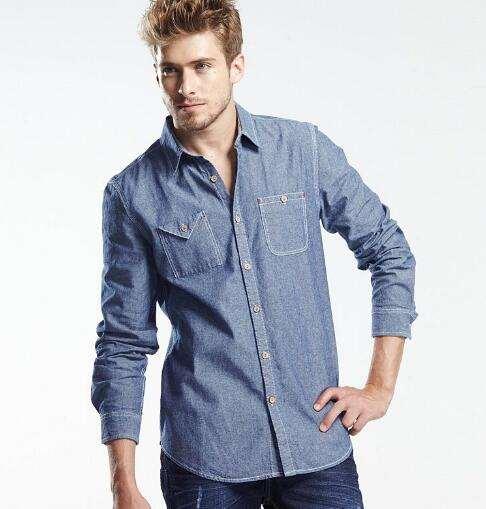 男生牛仔衬衣怎么搭配好看 较具有型男气质