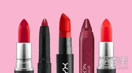 黑皮肤适合粉色口红吗 黑皮肤适合什么颜色的口红