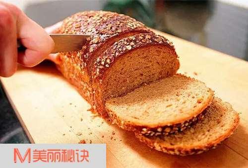 切鱼牛肉肥肉蛋糕面包的刀法秘籍