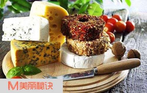 你的第一口奶酪是?那些不得不吃的经典奶酪 吃货攻略 第2张