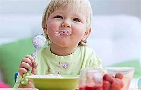夏季幼儿吃冷饮有什么危害 这五大影响要注意