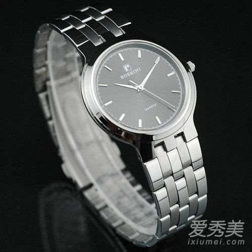 罗西尼表和天王手表哪个好?