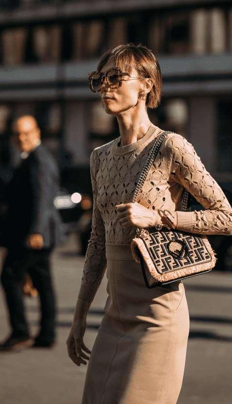 针织提花毛衣如何搭配 做大气干练的女强人