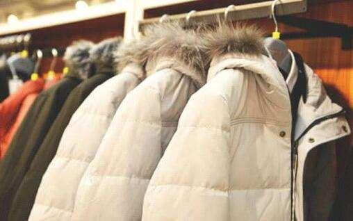 羽绒服可以放在太阳底下暴晒吗 羽绒服的正确晾晒方式