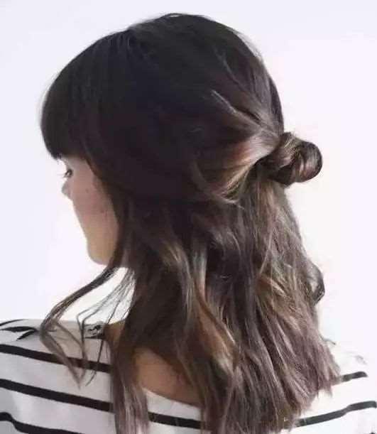 编发教程步骤图解 教你如何简单编好发型