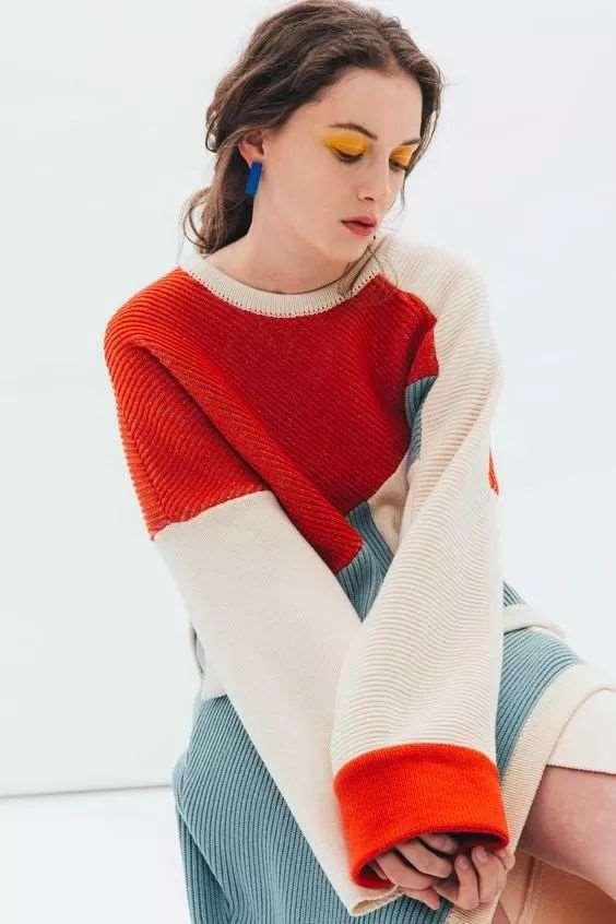 毛衣和阔腿裤怎么搭配好看 大毛衣加阔腿裤才是真时髦