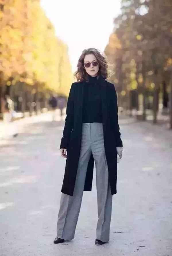 大衣和阔腿裤怎么搭配 大衣阔腿裤时髦温暖两不误