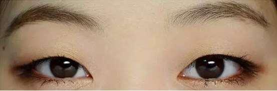 模仿《奶酪陷阱》女主角单眼皮眼妆