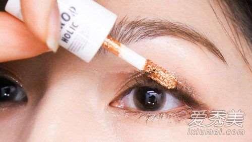 爱丽小屋液体眼影怎么样 爱丽小屋液体眼影怎么化好看