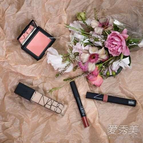 适合春天的明媚妆容画法步骤详解!
