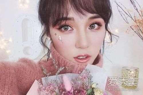 2018新年妆容教程 换个颜色赚足回头率!