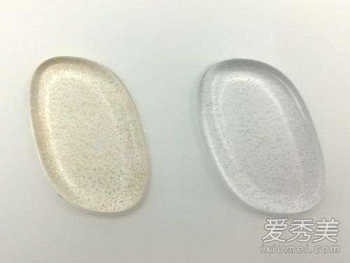 硅胶粉扑和气垫粉扑哪个好用?