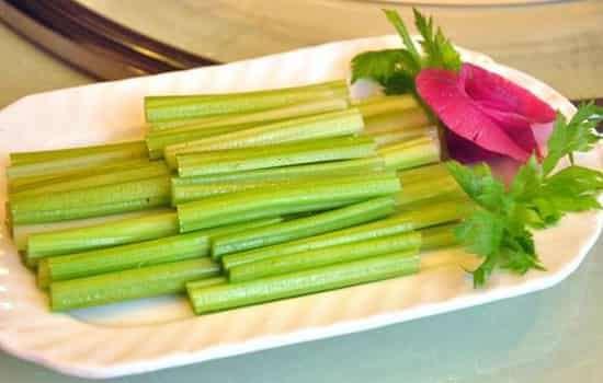 吃芹菜能减肥吗 冬季力荐减肥蔬菜之芹菜减肥法