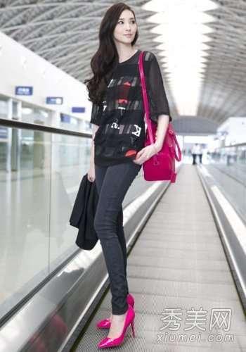 女星最新时尚街拍 大牌包包超抢镜