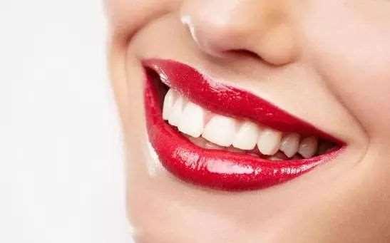 牙齿发黄有什么原因 6招教你如何变白