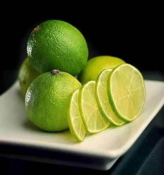 青柠檬有什么功效与作用 美白瘦身还养颜