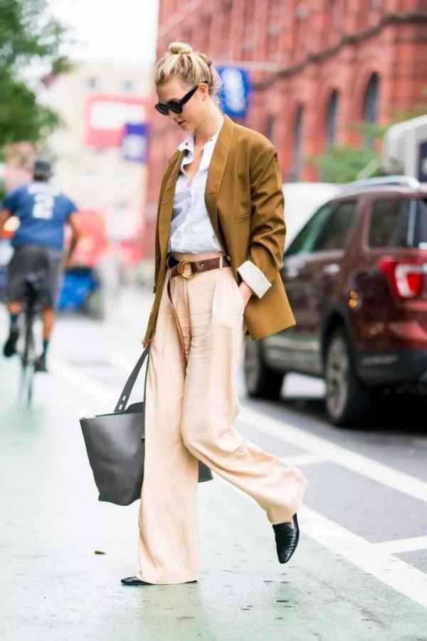 彩色阔腿裤怎么搭配衣服好看 彩色和这个秋冬更配