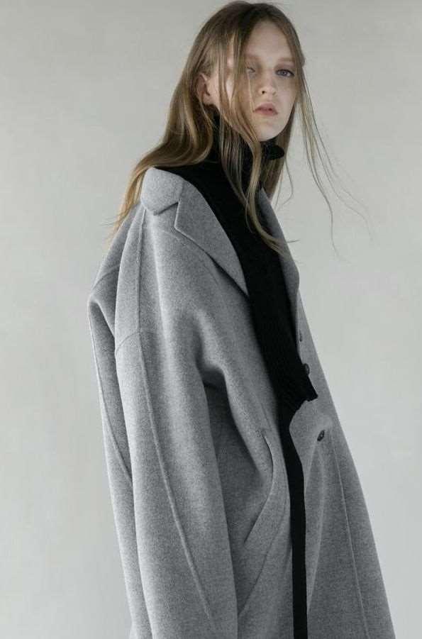 灰色衣服怎么搭配好看 想提升好感与气质秋冬少不了它