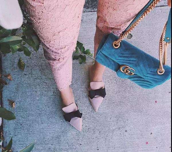 女生秋天穿什么鞋子好看 入秋最值得买的5双鞋都帮你挑好了
