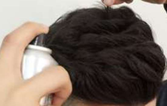 男生头发两边翘怎么办 教你巧妙维护形象