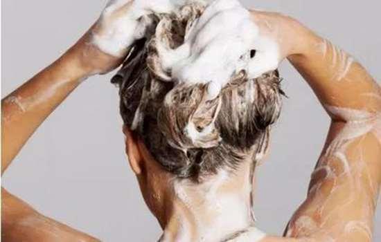 锡纸烫洗头洗多了会不会变回原样 锡纸烫如何洗头