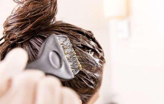 头发软化后还能烫卷吗 软化和拉直的区别是什么