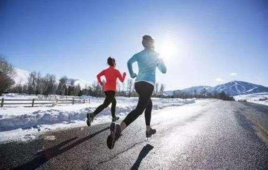 冬天戴口罩跑步呼吸困难怎么办 戴口罩跑步利弊分析