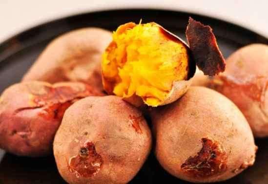烤红薯发酸是怎么回事 烤红薯发酸能吃吗