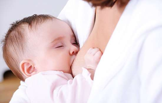 哺乳期可以带美瞳吗