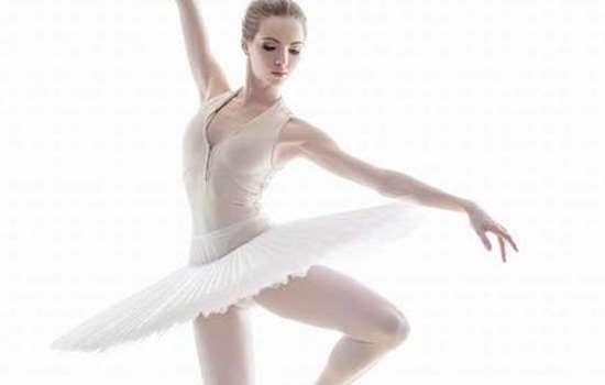 芭蕾天鹅臂怎么做