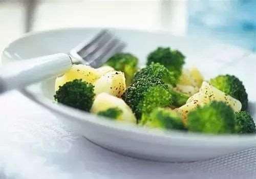 减肚子应该怎么吃 少油少盐是关键