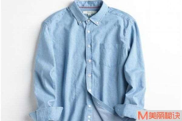 男士穿衬衫怎么搭配 男士穿衬衫如何配裤子